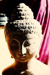 Bouddha (de Provence et d'ailleurs) Tags: sculpture pierre buddha buste