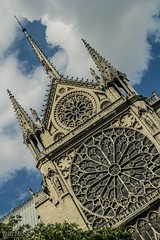 Notre Dame (Isabel Orjuela / absolutaMente) Tags: england paris france london tower photography europa europe torre eiffel tours francia fotografiadigital isabelorjuela expatexplore