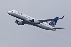 United 757 (derwiki) Tags: sanfrancisco airshow blueangels fleetweek