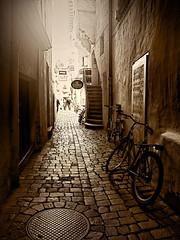 * (clo dallas) Tags: street bike canon explore vicolo bicicletta seppia explored inexplore clodallas