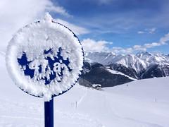 Bettmeralp (ISO 69) Tags: signs mountains schilder sign schweiz switzerland skiing suisse berge skiresort svizzera wallis aletsch bettmeralp