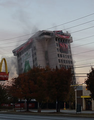 During (dewane) Tags: tower choa implosion i85 bellsouth northdruidhills atlantademolition
