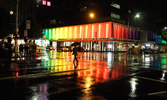 Melbourne in the Rain (Leon Sammartino) Tags: storm rain night dark saturday melbourne intersection uni coloured uniqlo fujufilm qlo