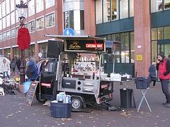 King Coffee (streamer020nl) Tags: kingcoffee king coffee ape piaggion mobile koffie café kaffee waterlooplein catunambo 1897 amsterdam 2016 111116 holland nederland netherlands paysbas niederlande binnenstad centrum