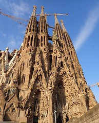 La Sagrada Família, Barcelona Spain (~~Gini~~) Tags: sagradafamilia church churches gaudi spain espana iglesia gothic architecture sagrada sacredfamily amazingarchitecture europe barcelona catalanya catalania catalunya catalan romancatholic catholic catholicchurch