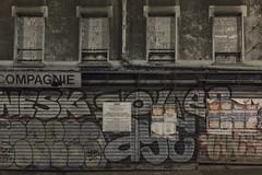 . (Le Cercle Rouge) Tags: paris france tlgraphe ruedesbois lesamoura graffs graffitis tags painters bubble handstyle 75019 permisdedmolirn07511915v0003 dlivrle24septembre2015 dmolitiontotalededeuxbtimentsusagedhabitationetdecommercesurrueetcour 38au40ruedesbois14xruedelorme75019paris