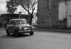 """FIAT 600 """"Fitito"""" (mavricich) Tags: fiat 600 automovil calle monocromo foma sol luz iguazu argentina"""