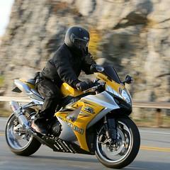 Suzuki GSX-R 1610165022w (gparet) Tags: bearmountain bridge road scenic overlook motorcycle motorcycles goattrail goatpath windingroad curves twisties