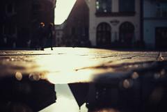 fragments (ewitsoe) Tags: ewitsoe nikond80 35mm street city krakow poland summer reflection tone urban abstract dof day light