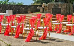 Sillas Bonitas (Beautiful Chairs) (SamyColor) Tags: canon20d canon canoneos28105usm sillas chairs boda wedding sanjuan oldsanjuan viejosanjuan puertorico lightroom colorefexpro4