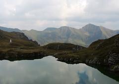 Fagaras Mountains & lake (Richard Leese) Tags: romania fagaras transylvania transfagarasan mountains lake scenery hiking