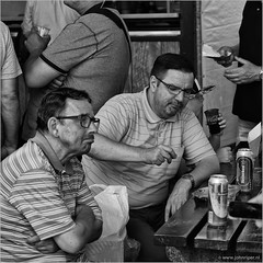 Beering brothers (John Riper) Tags: johnriper street photography straatfotografie square vierkant bw black white zwartwit mono monochrome netherlands candid john riper canon 6d 70200 l bank drawer artist wereldhavendagen world port days men brothers tins beer heineken drinking cheers enjoying lager table terrace people crowd