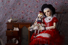 She and her doll (Muri Muri (Aridea)) Tags: volks sd one off liz super dollfie vs ball jointed doll bjd abjd