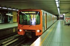 414 HORS SERVICE (brossel 8260) Tags: belgique bruxelles stib metro