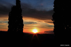 Montepulciano sunset.... (Ernesto Imperato - Firenze (Italia)) Tags: tramonto sunset italia toscana montepulciano valdorcia canon eos 7d italy tuscany italien