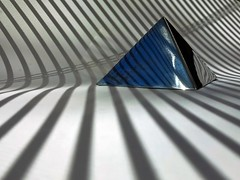 Pyramide (losy) Tags: pyramide kitchenproduction stripes abstract losyphotography bobbybazini cookiecutter