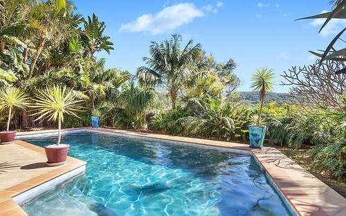 33 Noorong Avenue, Forresters Beach NSW 2260