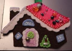 felt fancy (pippaneeds) Tags: felt christmas bead gingerbreadhouse whimsical
