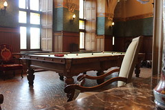 The billiard room (Davydutchy) Tags: haarzuilens nederland netherlands niederlande paysbas dehaar haar kasteel castle schloss chteau burg zamek medieval cuypers baron tienne vanzuylen van nyevelt zuylen nijevelt hlne rothschild baroness billiardroom billiard biljard room kamer zaal october 2016