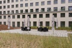Prora (duesentrieb) Tags: architecture architektur deutschland germany haus hotel house mecklenburgvorpommern mecklenburgwesternpomerania parasol prora rügen sonnenschirm binz gebäude building