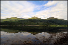 Arrochar. (anna punx) Tags: scotland summer verano escocia highlands tierrasaltas arrochar rowantree lochlomond lago lake sky cielo montaa mountain cloud nube reflection reflejo green verde hojas leaves