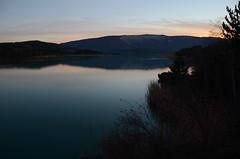 Le lac s'endort, 05 (RarOiseau) Tags: lac lacduriou saintgenis hautesalpes reflet couchant crpuscule calme