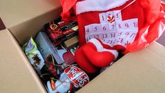 sopresapadala lbc express (3 of 14) (Rodel Flordeliz) Tags: pepero lindt chocoalte sweets holidaygifts sorpresapadala lbc lbcexpress walkers box courier services