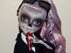 I can't wait to rev you up (meike__1995) Tags: monster high zomby gaga mattel collector doll