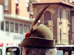 alpino al raduno dei bersaglieri (fi0na) Tags: italy verde green hat photoshop hair grey italia dof bokeh piemonte italie penna cappello capelli alpino tradizioni profonditdicampo grigi elusiveaction
