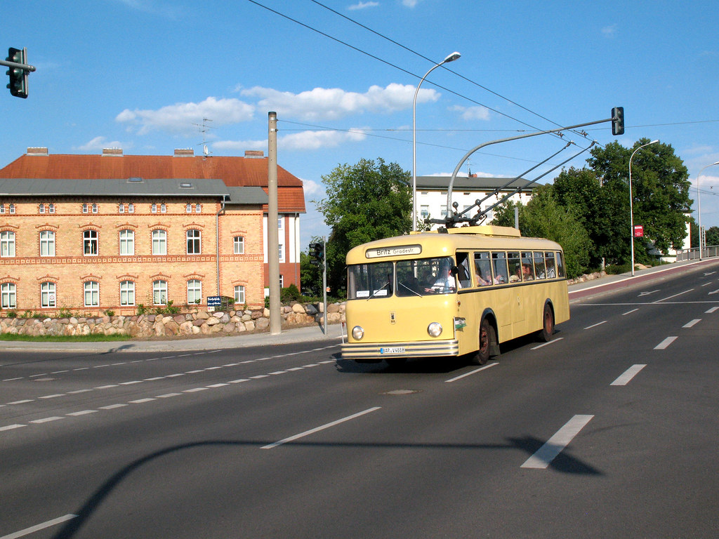 the world 39 s best photos of eberswalde and trolleybus flickr hive mind. Black Bedroom Furniture Sets. Home Design Ideas