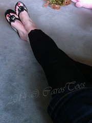 Casual at home... ('carostoes') Tags: feet foot toes highheels heels pedicure soles nylon footfetish footworship sexyfeet