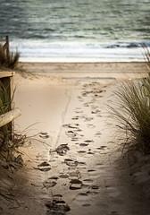 Al mar (maniattico) Tags: sunset beach geotagged atardecer sand huelva andalucia arena punta huellas umbría playahuelva