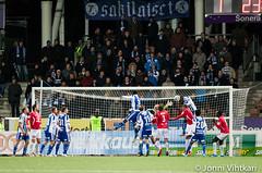 HJK vs Mypa (HJK Helsinki 1907) Tags: sports football klubi 1907 2014 hjk jalkapallo urheilu veikkausliiga sigma120300 canoneos1dmark3 helsinginjalkapalloklubi urheilukuva sonerastadion