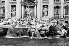 Fontana di Trevi (Emanuel Di Francia) Tags: italy rome roma water landscape nikon italia trevi acqua fontana romani d90 funtain nikond90