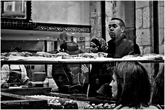 the hunger (japanese forms) Tags: street bw man reflection blancoynegro cakes monochrome blackwhite zwartwit random candid streetphotography mann meisjes kuchen reflektion streetshot reflectie vlaanderen mittelformat zwartenwit schwarzweis taartjes straatfotografie schwarzundweis strasenfotografie japaneseforms2014
