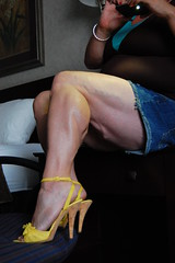 DSC_0197jj (ARDENT PHOTOGRAPHER) Tags: highheels muscular veins calves flexing veiny bodybuildingwoman