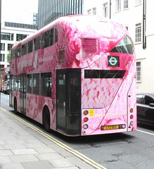 LT13, Euston, London, 20/09/16 (aecregent) Tags: londonbuses2016 euston london 200916 metroline comfortdelgro newroutemaster newbusforlondon borismaster nbfl nb4l hybrid wright lt lt13 ltz1013 390 deliveroo rear