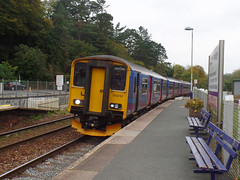 150249 & 153305 Bodmin Parkway (1) (Marky7890) Tags: gwr 153305 class153 supersprinter 2c56 bodminparkway railway station cornwall train 150249 sprinter class150