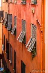 Couleurs du Vieux Nice (safran83) Tags: vieux nice faade volet persienne