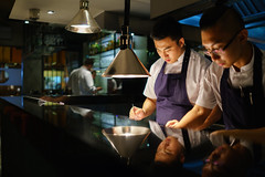 Chef Sun Kim (Premshree Pillai) Tags: singapore singaporeaug16 summer summer2016 meta restaurant dinnerorone dinner dinnerforone chefsunkim sunkim people chef kitchen