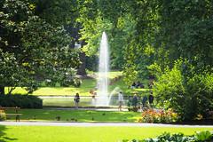 Nantes , le jardin des plantes . (Faouic) Tags: france loireatlantique paysdelaloire jardin plantes nantes jetdeau
