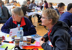 Wir in Neuhausen-Nymphenburg (13) (World Café Europe) Tags: neuhausen nymphenburg neuhausennymphenburg nachbarschaft münchen bezirksausschuss9 ba9 stadtentwicklung stadtteil stadtviertel gesellschaft gemeinschaftsgefühl partizipation participation largegroupevent largegroupfacilitation grosgruppenveranstaltung grosgruppenkonferenz grosgruppenmoderation grosgruppen worldcafé wceurope worldcaféeurope worldcafe worldcafeeurope worldcafémethod worldcafémethode