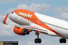 Airbus A320 easyjet (Ana & Juan) Tags: airplane airplanes aircraft airport aviation aviones airbus aviación a320 easyjet takeoff departure alicante alc leal spotting spotters spotter planes canon closeup
