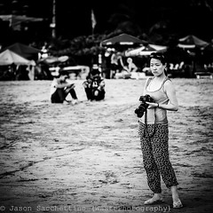 The Japanese girl with her Canon gun (Indonesia - Bali) (Jason WastePhotography) Tags: asia east bali indonesia girl beach canon travel waiting shot spy look sun sea