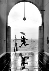 mr. poppins fly again (poludziber1) Tags: venice venezia city cityscape street sky skyline sea streetphotography people umbrella fly blackwhite building mpt545 matchpointwinner