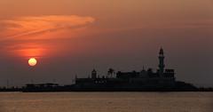 Haji Ali Dargah (wu di 3) Tags: southasia india mosque hajiali tomb dargah sunset islam muslim mumbai