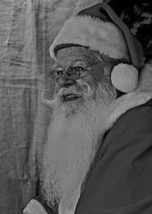 Frohe Weihnachten (heiko.moser (+ 11.300.000 views )) Tags: weihnachten weihnachtsmann people menschen monochrom mono man mann noiretblanc nb nero bw blackwihte blancoynegro sw schwarzweiss
