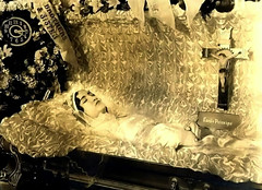 In Repose (~ Lone Wadi ~) Tags: death coffin casket deceased funeral wake postmortem dead corpse unknown repose flowers 1920s