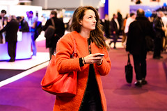 Salon de la Photo (winsmiss) Tags: portrait rose project de rouge photography la photo pretty days belle salon 365 fille challenge gril jours