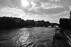 Seine at 16h44 (jmvnoos in Paris) Tags: sky blackandwhite bw cloud paris france reflection seine clouds reflections river blackwhite nikon skies noiretblanc nb reflet ciel nuage nuages reflets fleuve noirblanc laseine d700 jmvnoos